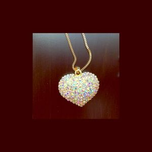 Sparkling Iridescent Crystal Heart Necklace NWT